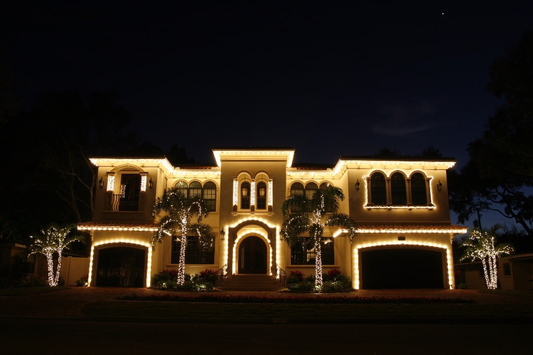 holiday lighting service