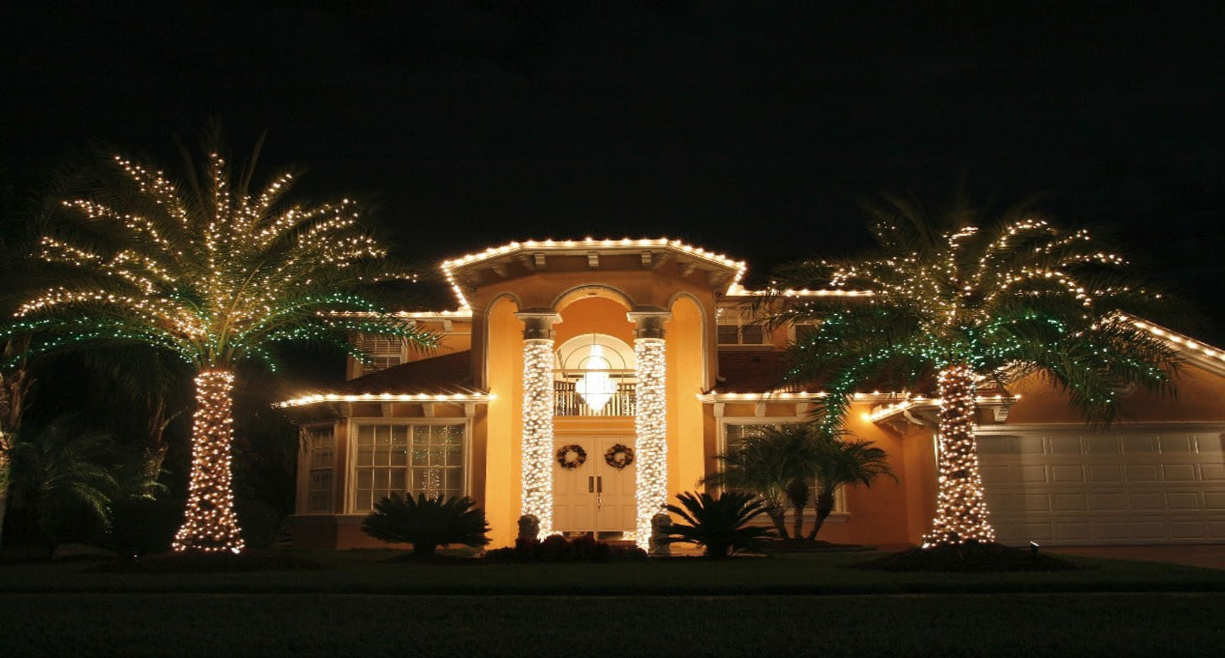 holiday-lighting-services23